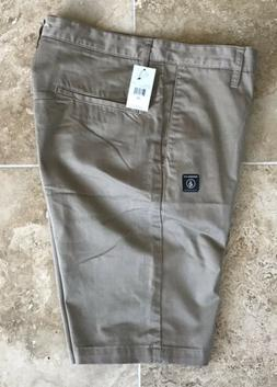 Volcom Vmonty Modern Fit Mens Flat Front Casual Shorts Khaki
